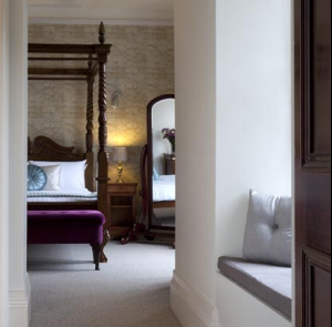 Chic, newly refurbished rooms