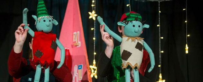 the-elves-and-the-shoemaker-puppet-show-the-old-library-bodmin-the-alverton-hotel-truro